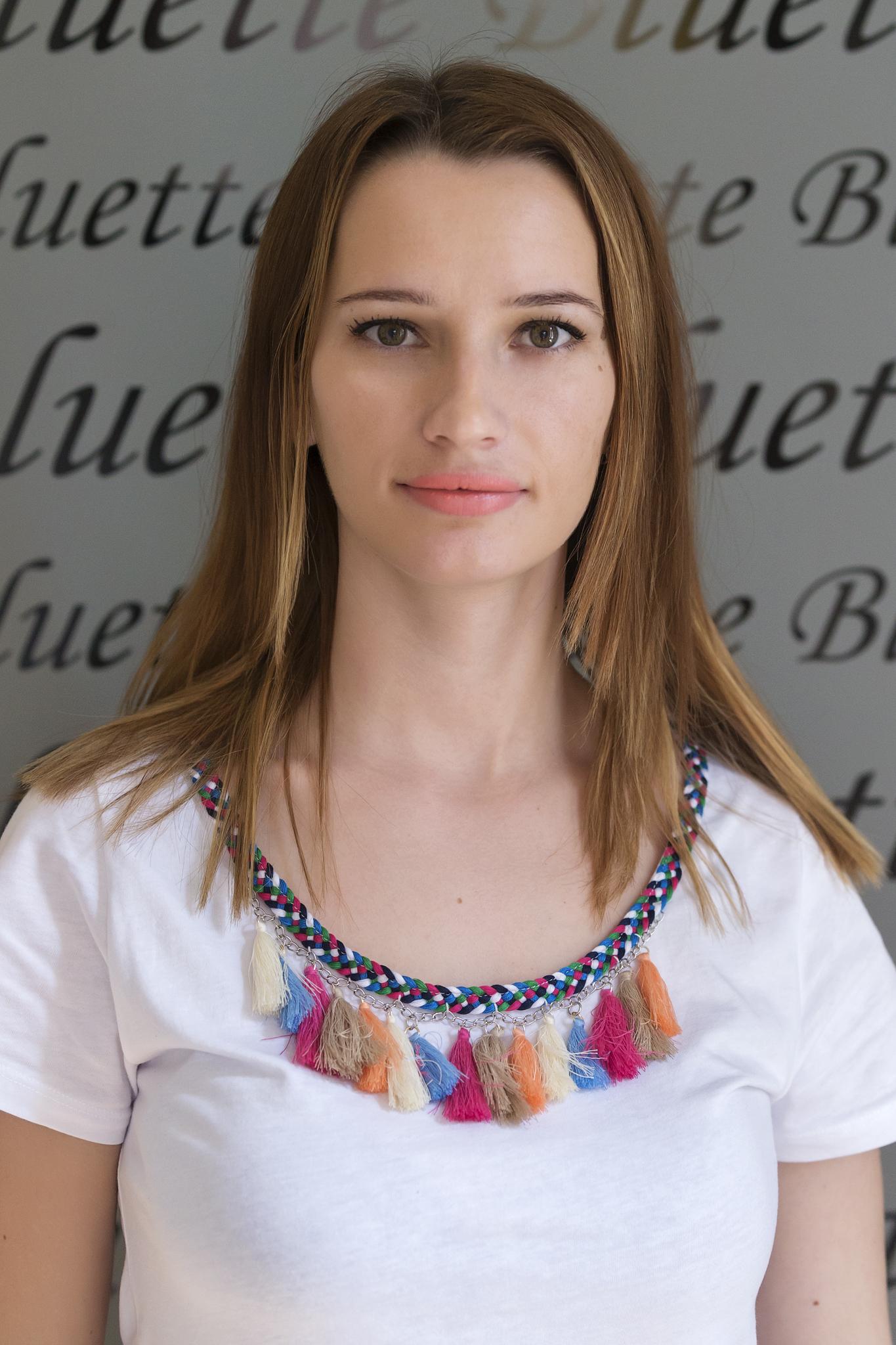 Elena Nan - Hairstylist